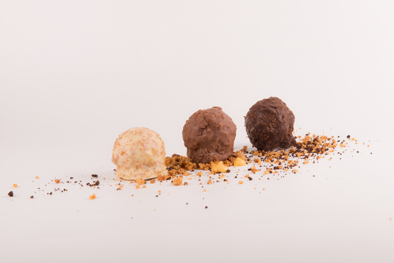 Crujientes de chocolate con corazón líquido
